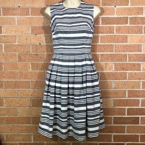 Calvin Klein Size 2 Gray Striped Dress